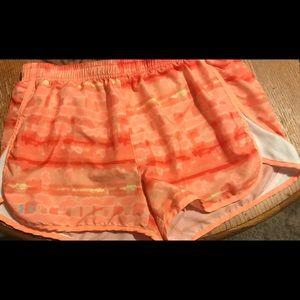 Under Amour Sports Shorts Orange Large